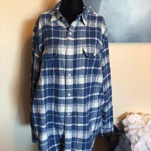 GAP classic fit flannel shirt